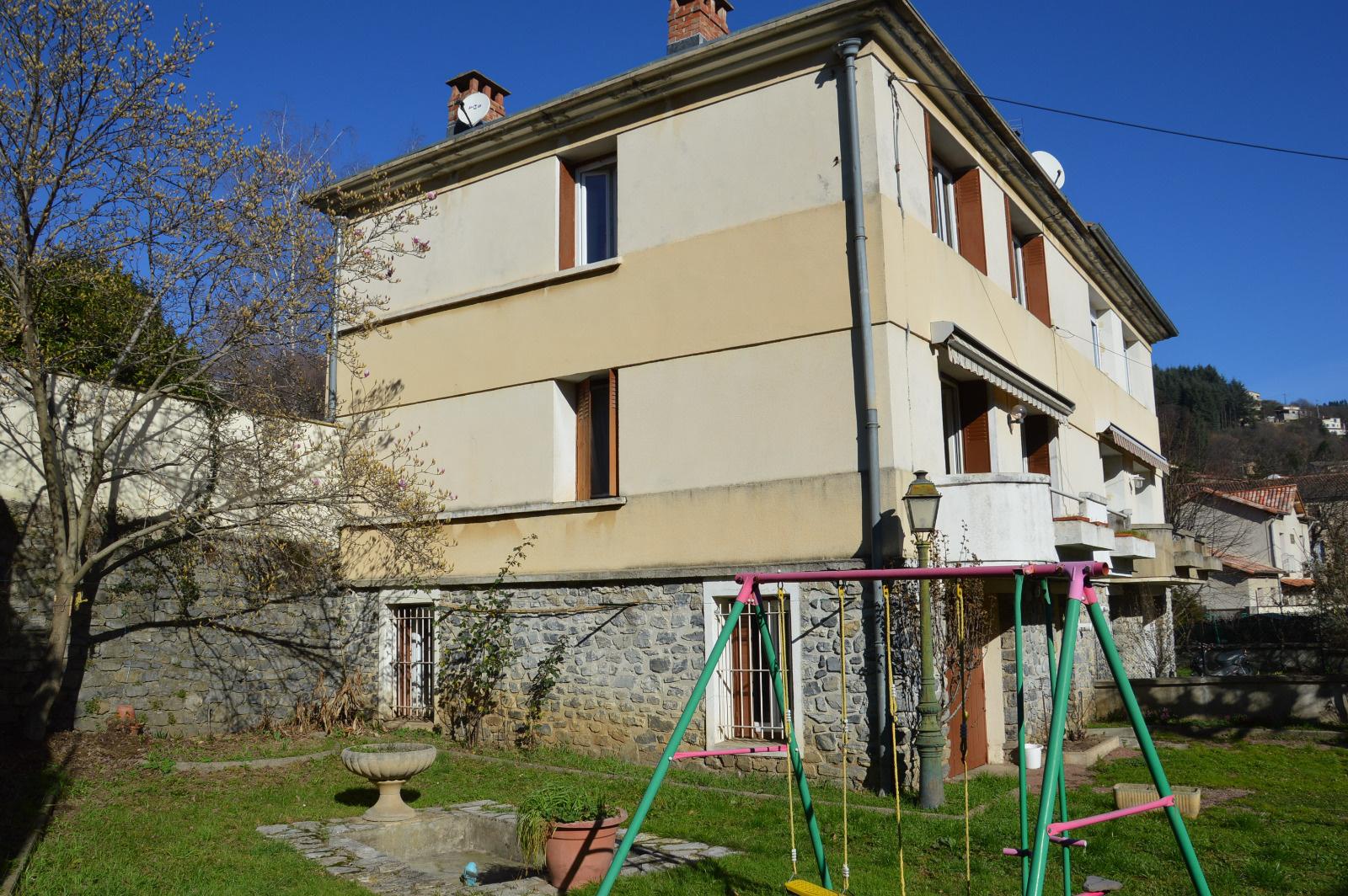 Vente en c vennes le vigan maison avec balcon vendre for Maison avec balcon