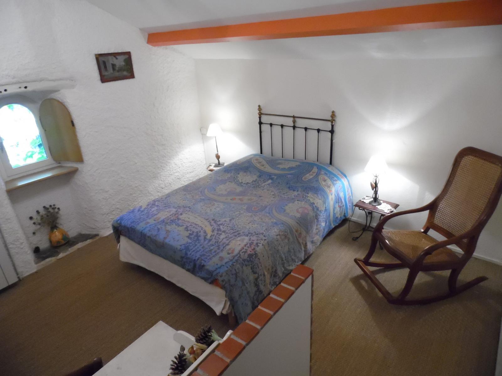 vente en c vennes dans l 39 aveyron saucli res chambres d 39 h tes vendre. Black Bedroom Furniture Sets. Home Design Ideas
